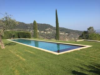 New renovation 3 beds heated 25m pool, Cabris