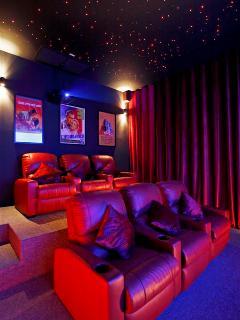 Villa Zamani Home Theatre 2