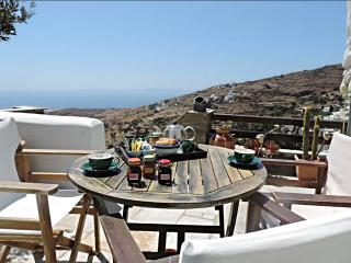 TINOS SUNSET HOUSE