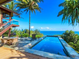 Ocean Bluff, Pristine Views! 3 bedroom, 4 bath w/Pool/Jacuzzi.  Spacious!