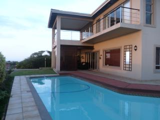 Spacious Holiday Home with Breathtaking Views, Umhlanga Rocks