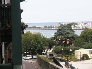 precioso y tranquilo apartamento en la parte vieja, Fontarrabie (Hondarribia)