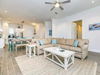 Refined Coastal Condo Near Port Aransas Beach – Sleeps 8