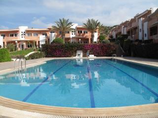 Large stylish apartment near great surf with Wifi, Taghazout