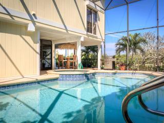 5 BR Family Bayfront Estate Across Captiva Beaches