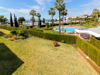 Apartment with great sea views at Miraflores resort, Mijas