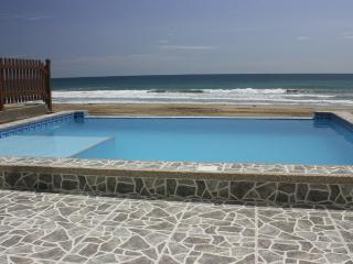 Luxury Beachfront condo - Villa Nautica, Mirador San José