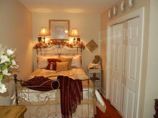 Columbia House Beach Rental- Spacious, Comfortable, Seaside