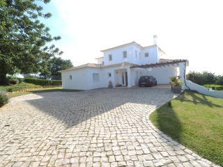Drive entrance of Villa Joanna Marie
