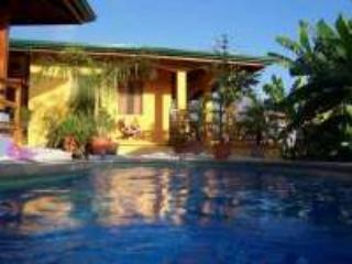 Ocean view, private pool, A/C, WiFi, walk to beach, Playa Samara