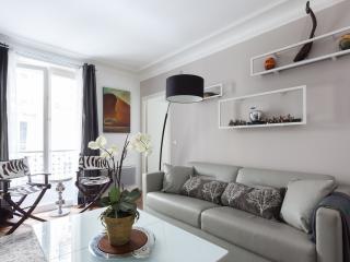 onefinestay - Rue Saint Dominique IV private home