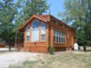 Upscale & Family Friendly Camping Near Lake Mi, Three Oaks