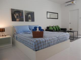 SRI807 Bright Flat on Huay Kaew Rd, Chiang Mai
