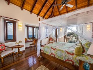 Villa Batu 4 Bedroom SPECIAL OFFER, Virgin Gorda