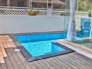 Baga Beach Private Pool Villa, 3 Bed - Tamyarine