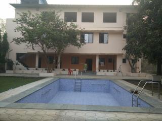 Pushp Vatika with 14 rooms, Navi Mumbai