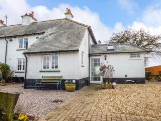 GRANGE FARM COTTAGE, semi-detached, two woodburners, pet-friendly, WiFi, private