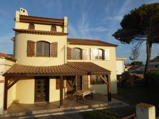 Villa pleine de charme bord de mer avec piscine, Le Grau d'Agde