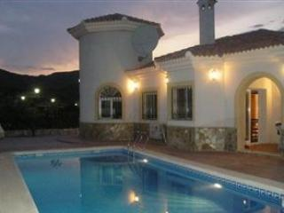 3 Bedroom holiday villa in Partaloa with pool, Cantoria
