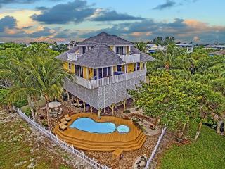 Luxurious, Romantic, Gulf Views, Pool and Cabana