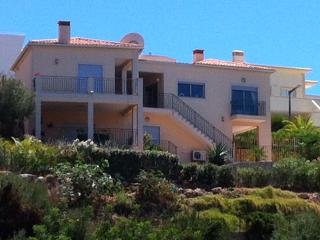 Villa Tranquil  3 bedroom villa with private pool, Carvoeiro