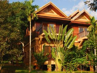 Peaceful Healthy Living next to Pavana Resort, Mae Rim