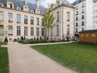 Suite Le Marais