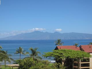 Beautiful Ocean View Condo, Lahaina