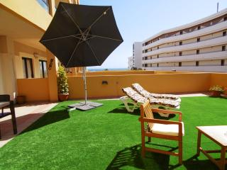 Beautiful & Huge Terrase with Sea View, Golf del Sur