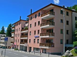 Apt.30, St. Moritz