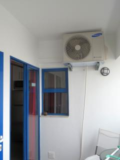 balcony view to the kitchen, air condition