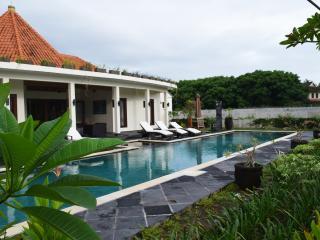 YAMARI VILLA - Lombok, Batu Layar