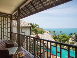 THE RETREAT-5* luxury, private 4-bed-seaview villa-WOW!!