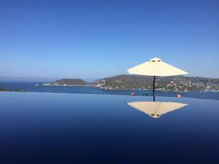 Beatiful house, with the Pacific ocean view, Zihuatanejo