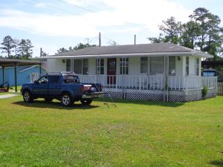 Cottage on the ICW- FREE BREAKFAST, Beaufort