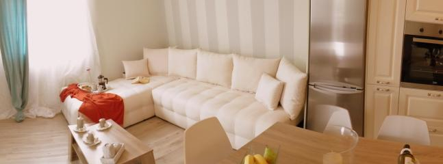 Sofa - double bed in lounge area