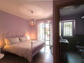 alloggi luminosi  a pochi passi dal centro, Ladispoli