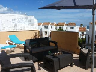 Penthouse apt on Spain's Blue Flag Playa Ancha beach