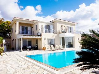 Tala 4 Bedroom luxury Villa large 16 x 5 Pool