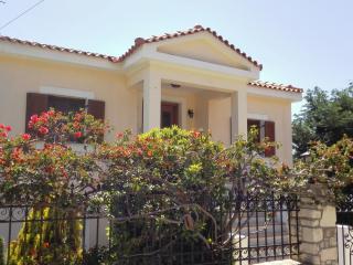 Ostria villa, Pythagorion