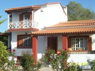Villa Mirto, Aegina Town