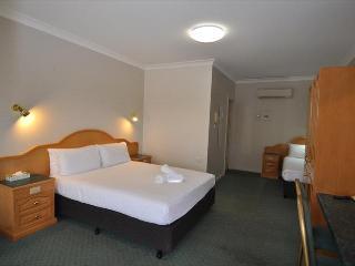 Hilton Motel - Standard Twin