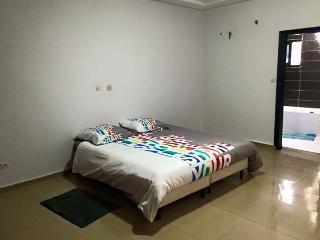 Loue appartements 4 et 2 pièces meublés et équipés, Abidjan