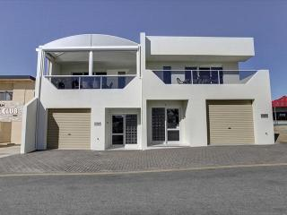 Tasman Beachside Apartments - Unit 1, Port Lincoln
