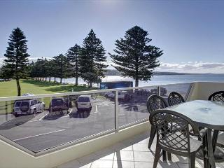 Tasman Beachside Apartments - Unit 2, Port Lincoln