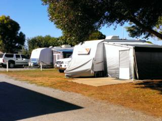 Port Lincoln Caravan & Cabin Park - Upowered Sites