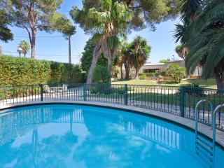 Magnificent Villa with swimming pool, S'Arenal