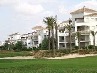 2 Bedroom Apartment with all facility., Murcia