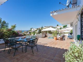 villa + studio, 300 M plage, idéal famille