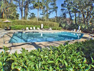 Forest Beach Villa 303 - Forest Beach One Level Flat, Hilton Head